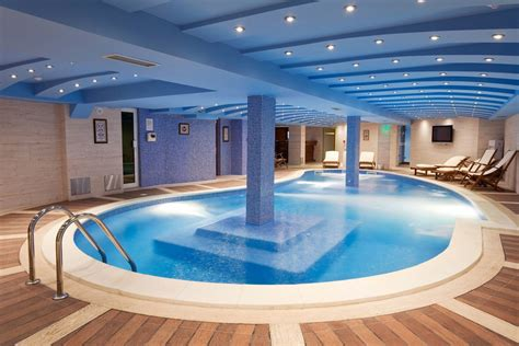 Indoor Swimming Pool Ideas For Your Dream House