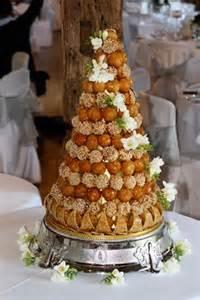 montee mariage le tour du monde des gâteaux de mariage miam mariage
