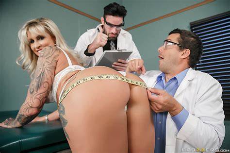 Pussy Or Anal A Zz Clinical Study With Charles Dera