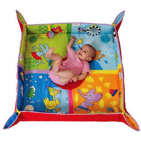 tapis d eveil taf toys tapis d 233 veil des 4 saisons de taf toys sur allob 233 b 233