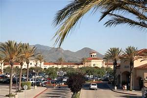 About Camarillo Premium Outlets® - A Shopping Center in ...