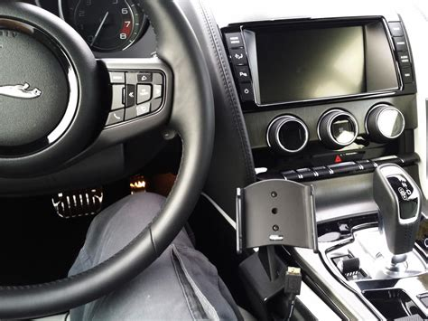 Best Place To Mount A Smartphone In The F-type?