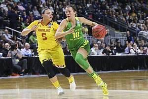 Oregon upsets, UConn holds off to advance to Elite 8 ...
