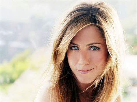 32 Cool Jennifer Aniston Hairstyles