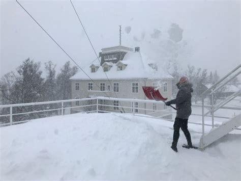 For å få tilgang til alt av innhold på yr. Nordlys - Historiens fjerde mest snørike mars