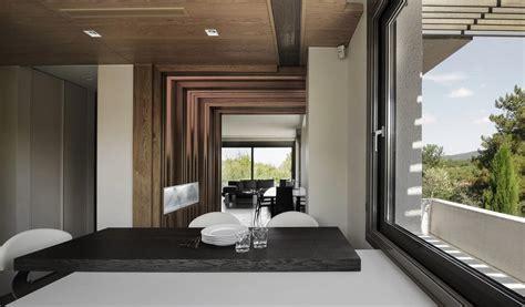 tsquare architects deploy wood   residence