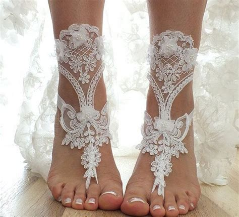 adorable barefoot beach wedding shoes ideas