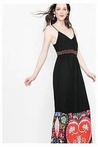 Robe desigual anaraus ete 2016 noire et fines bretelles for Robe d été noire à bretelles