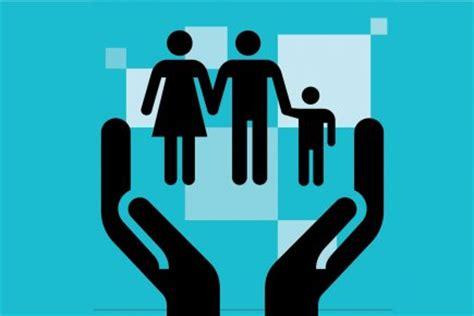 recherche menage dans les bureaux conciliation travail famille le temps de passer à l