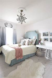 Teal turquoise coral and yellow girls bedroom for Popular millennial teen girl bedroom ideas