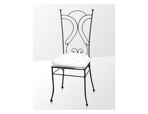 chaises fer forgé la métallerie chaise en fer forgé avec coussin