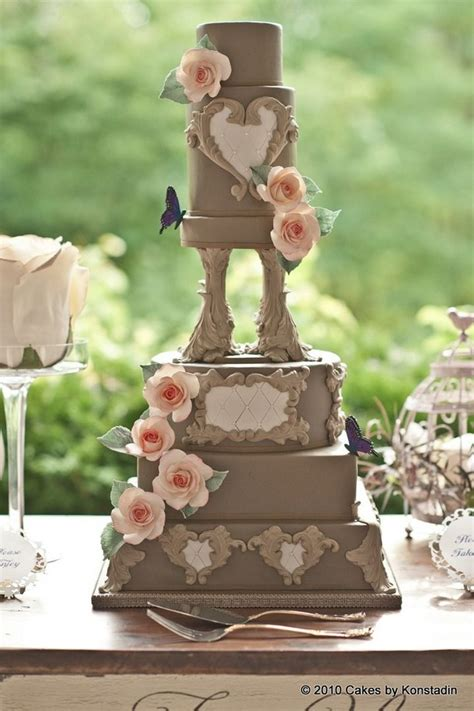 Featured Cake Design: Cakes by Konstadin; Striking Wedding