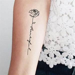 Rose En Tatouage : tatouage rose avec phrase ces tatouages de rose qui ne faneront jamais elle ~ Farleysfitness.com Idées de Décoration