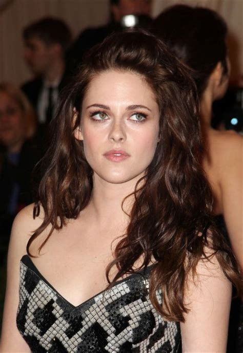 sexy unruly waves  kristen stewart hairstyles weekly