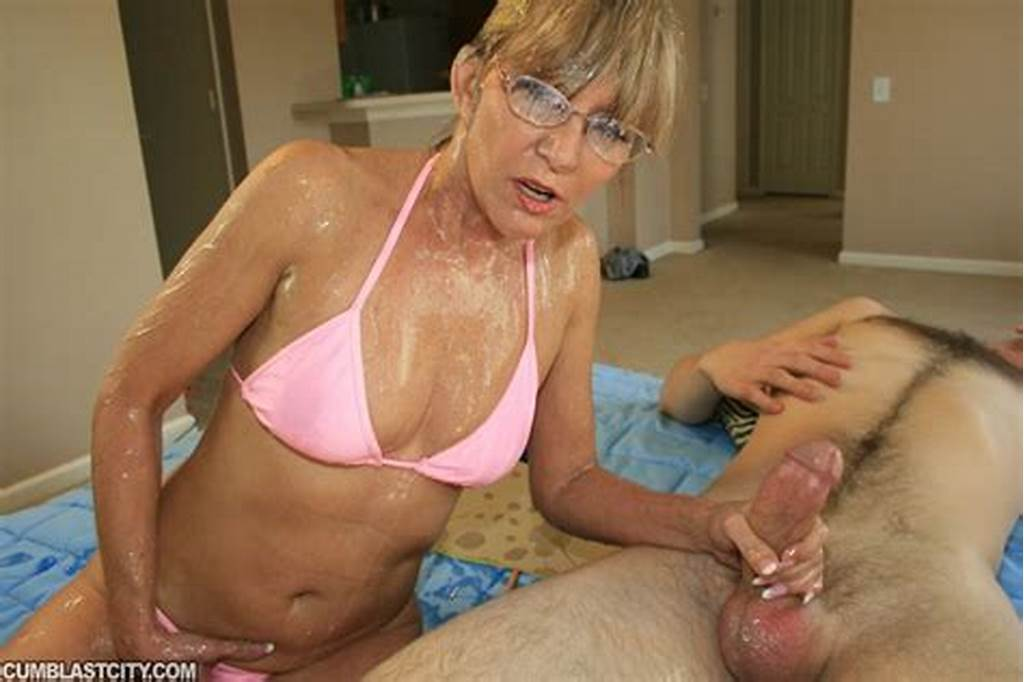 #Naughty #Mature #Lady #In #Glasses #Gets #Bukkaked #After #A