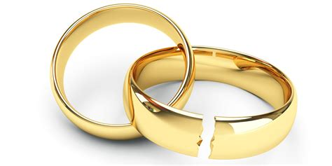 how same marriage makes the engagement ring industry
