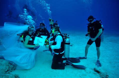 Underwater Dive - get married underwater scuba diving scuba diver