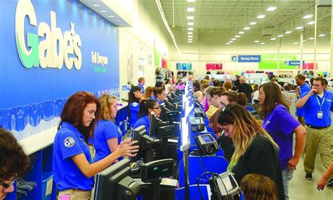 Gabe's discount department store opens in Martinsburg ...