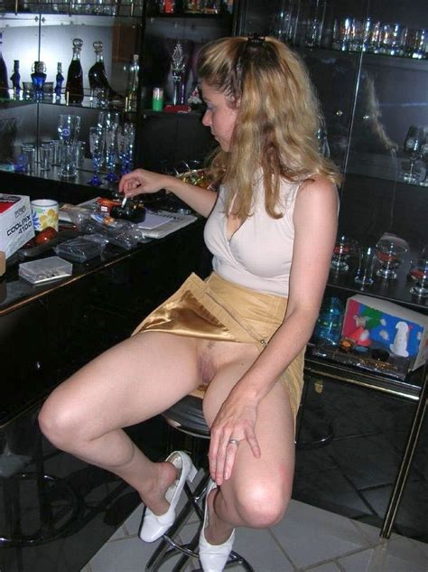 Skirt At Bar Sex Porn Images