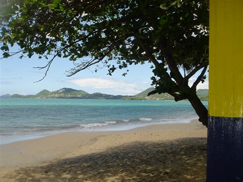 File:Vigie Beach, Saint Lucia.jpg - Wikimedia Commons