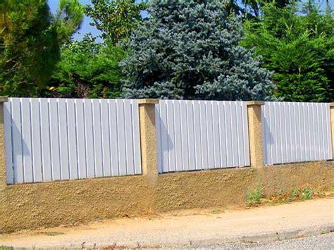 barriere de protection pour cloture pvc