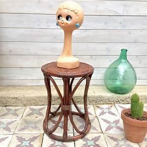 Tabouret En Rotin : tabouret en rotin brocanteandco boutique en ligne de brocante ~ Teatrodelosmanantiales.com Idées de Décoration