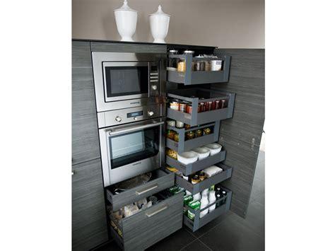 16 Ideen Für Mehr Staurraum In Der Küche