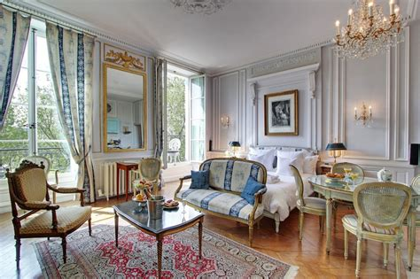 A Contemporary Villa With A Parisian Twist by Living A Parisian With Guest Apartment Services