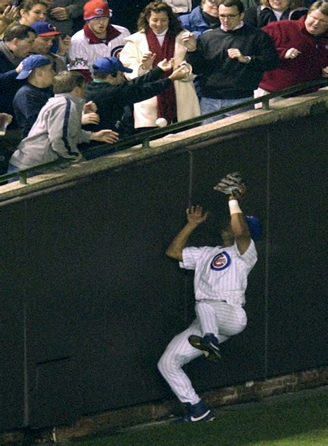 steve bartman gesture cubs  focus  night game