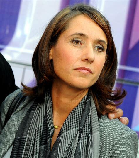 She was not surprised by the comments of francis lalanne, apparently known for his eccentricity. Alexia Laroche-Joubert propose une nouvelle téléréalité