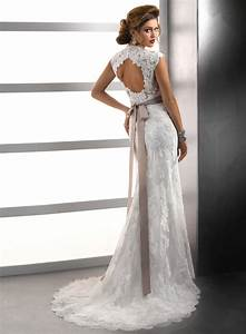 Beautiful backless lace wedding dresses for Lace backless wedding dress