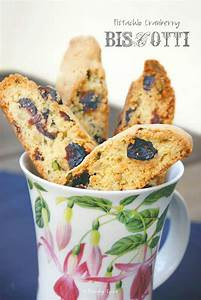 25 Days of Cookies: Pistachio Cranberry Biscotti and ...