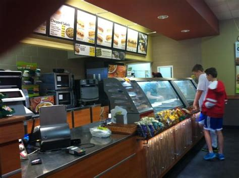 Who Was The To Serve In The Cabinet by Subway Moose Jaw 1204 St N Restaurant Reviews