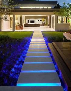 Indirekte Beleuchtung Treppe : die besten 25 treppenbeleuchtung led ideen auf pinterest ~ Pilothousefishingboats.com Haus und Dekorationen