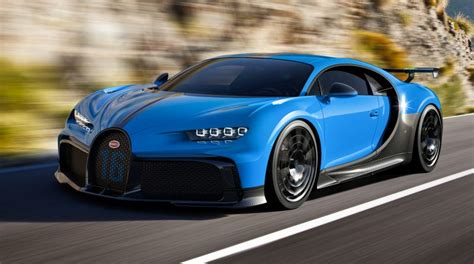 In order to put the suspension and handling to the test in a. Bugatti Chiron Pur Sport: Faster in corners, slower on the ...