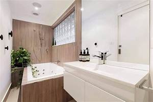 baie coulissante a 3 vantaux et porte sur rail dans une With porte d entrée pvc avec lavabo salle de bain suspendu