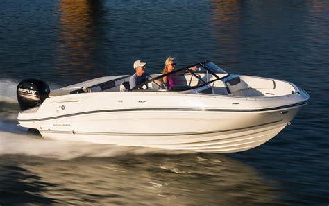 bayliner vr5 bowrider ob boats boat july yachtworld boatmo posted