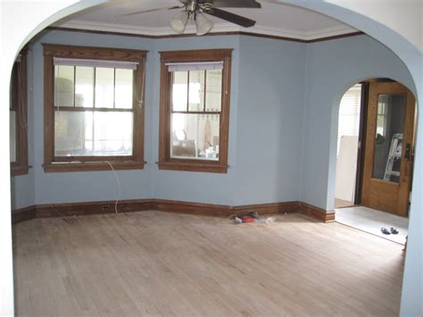 living room paint with wood trim