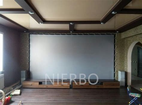 100 Inches 16:9 Portable Outdoor Projector Screen Metal