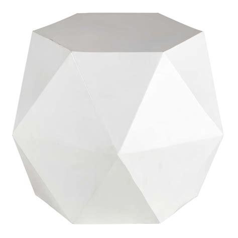 bout de canapé blanc bout de canapé en métal blanc l 58 cm hexago maisons du
