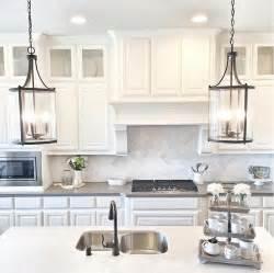 kitchen island pendants 25 best ideas about kitchen pendant lighting on kitchen island lighting island