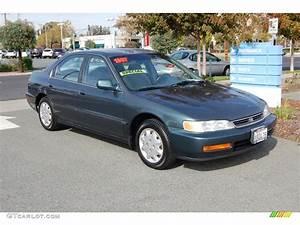 1997 Eucalyptus Green Pearl Honda Accord Lx Sedan  21497795