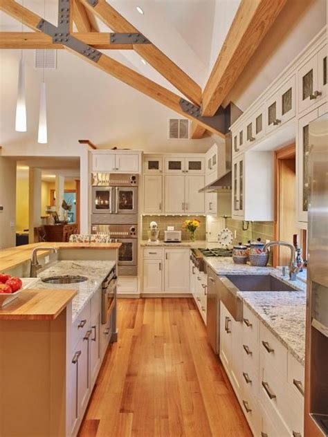 modern kitchen colors beige  natural wood shades