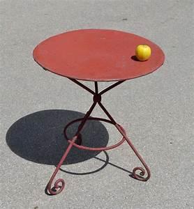 Petite Table Ronde De Jardin : mobilier de jardin ancien vendu ~ Dailycaller-alerts.com Idées de Décoration