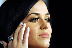 Which Katy Perry Icon Should I Use For One Month ...