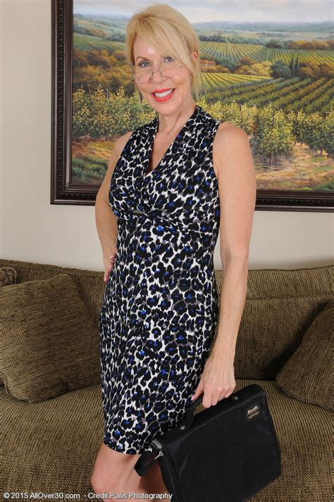 Yr Old Erica Lauren From Milfs Eases After An