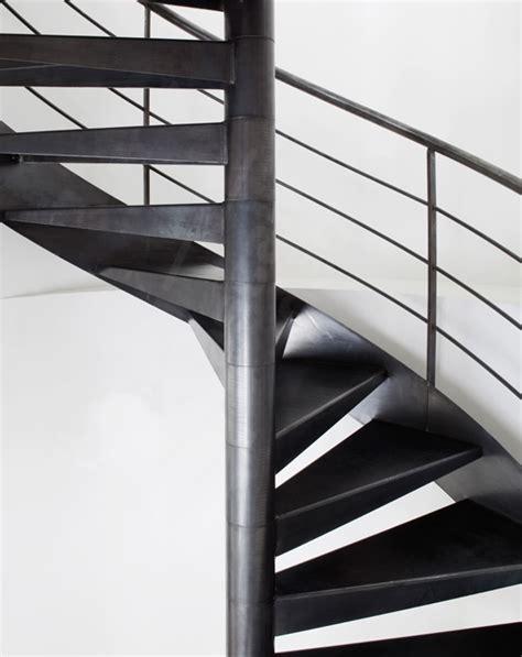 norme escalier industriel metallique 100 best images about un escalier h 233 lico 239 dal en colima 231 on en spirale gain de place on