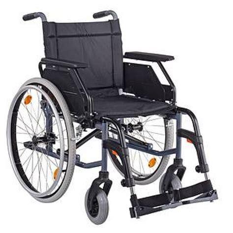don de fauteuil roulant table rabattable cuisine rehausseur de chaise beaba