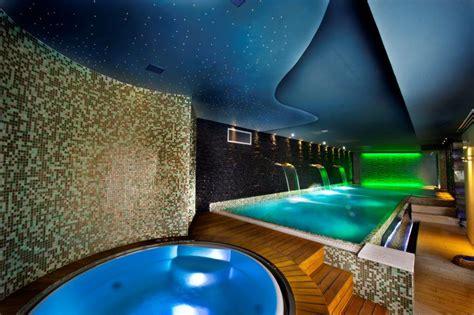 villa con piscina interna villa di lusso privata con piscina interna da sogno