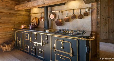 cuisines rustiques j 39 aime cette photo sur deco fr et vous piano de cuisson piano et cuisson